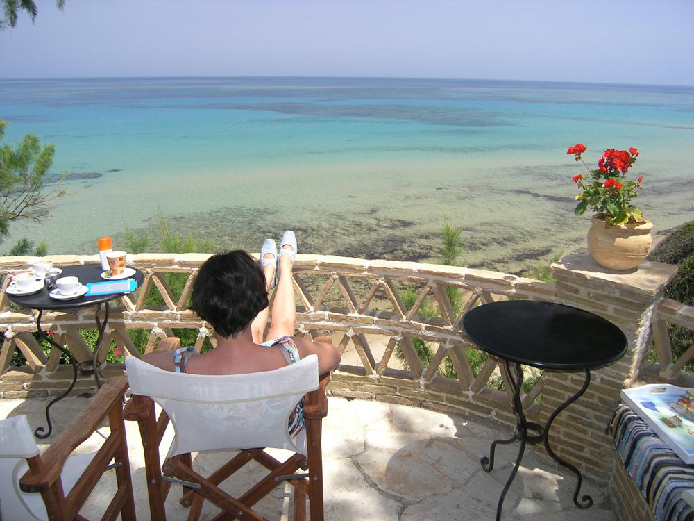 Куплю пол дома в греции на берегу моря